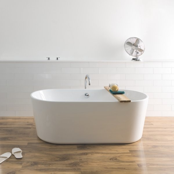 BC Designs Contemporary Viado Bath 1580mm